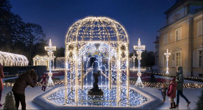 Królewski Ogród światła W Muzeum Pałacu Króla Jana Iii W